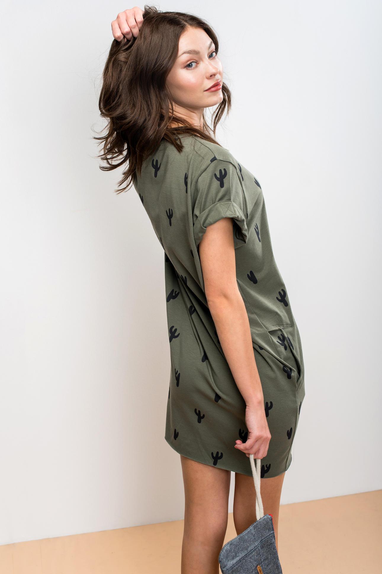 c64068dca58e Šaty Leafy - Pohodlné oblečení